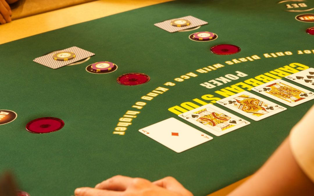 Learn to play Caribbean Stud Poker as an expert